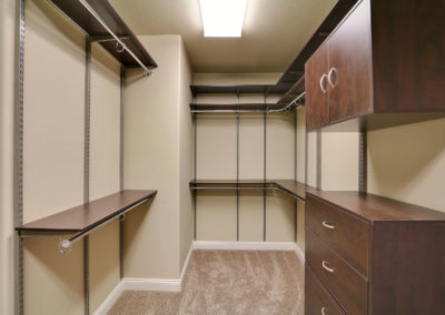 american-west-homes-freedomrail-closet-66