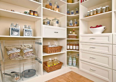 classica_bisque_pantry_lower-view_web