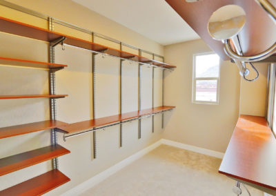 richmond-american-homes-freedomrail-closet-0