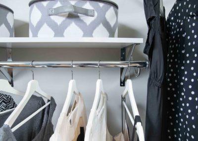 simple-wood-shelf-and-rod-white-3