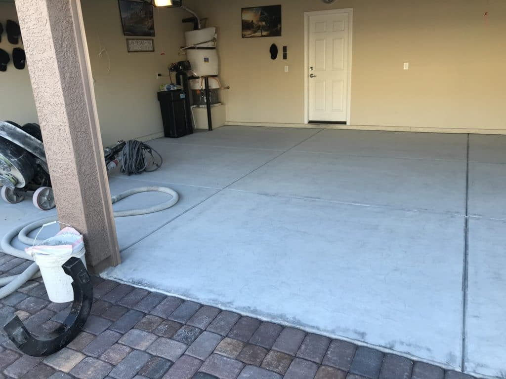 Before photo of a residential garage in Las Vegas