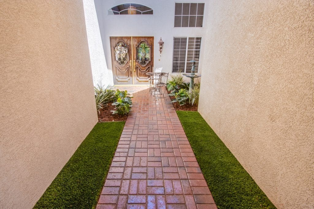 Las Vegas residential garden pathway after the best concrete floor coating